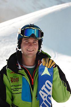 Skilehrer Fabian von Günthers Skischule Pfelders